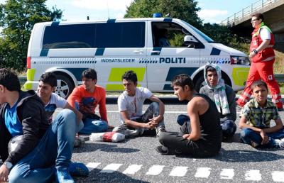 Migránsok kapják a svéd öregségi segély felét