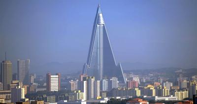 Szó szerint félelmetes a 105 emeletes észak-koreai felhőkarcoló