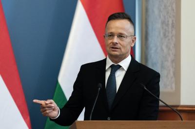 Szijjártó Péter berendelte az ukrán nagykövetet