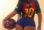 Kép: Messi 500. gólját a playmate is különlegesen ünnepelte