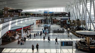 Így vásárolja vissza az állam a budapesti repülőteret