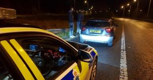 200 km/h-s gyorshajtással kapták el a rendőrök, a legtökéletesebb indokot adta, miért sietett!