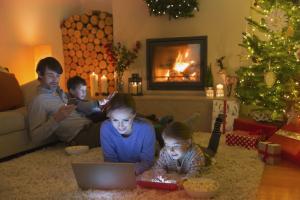 Nagyot nőtt karácsonykor a mobilnetes forgalom