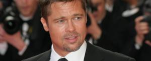 Brad Pitt most Charlize Theron szívét ostromolja
