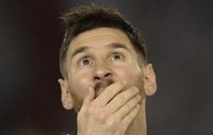 Bemutatjuk a férfit, aki azt állítja, ő Messi tökéletes hasonmása! – KÉP