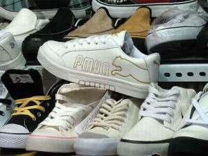 Minden negyedik nő kínai boltban vesz cipőt