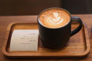 Az éttermek nem tudnak lépést tartani kávéigényünkkel