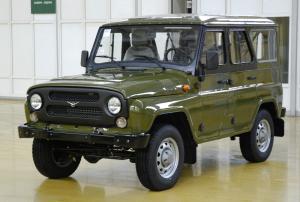 Haszonjármű-létbe menekül a parancsnoki UAZ