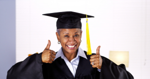 A diplomás anyáknak tovább él a gyermeke