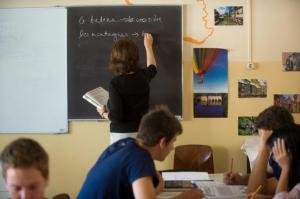 Szakmai téren jól teljesítenek a magyar pedagógusok az OECD felmérése szerint