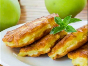 Diétás almapalacsinta
