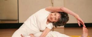 Életbölcselet a 101 éves jógaoktatótól