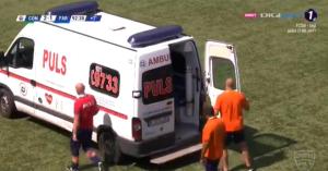 Románia: megsérült a játékos, szürreális jelenetsor követte – videó