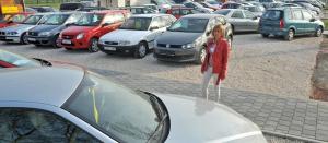 Félévnyi fizetést kell félretenni egy új autóért