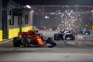 F1: Vettel, az éjszaka császára