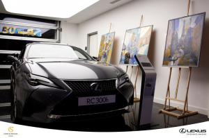 Kortárs magyar festőművészeket támogat a Lexus