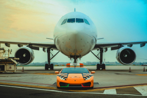 Tessék sajnálni ennek az 580 lóerős Lamborghininek a sofőrjét!