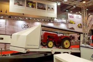 12:06 a Porsche traktor Nürburgring körrekordja. Ja, egy Panamera kombi húzta…