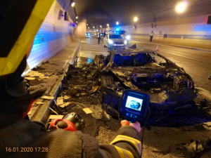 Szénné égett a karbon karosszériás Lamborghini Prágában