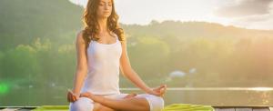 Hogyan vágjunk neki az online jógának?
