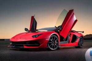 (nem) Önkéntes karantén: belülről nem nyílik a Lamborghini Aventador SVJ ajtaja