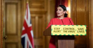 Kéthetes karantén vár a Nagy-Britanniába érkezőkre