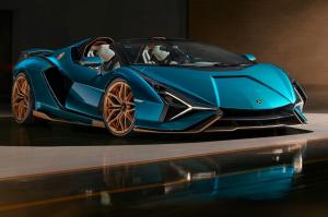 Roadsterként is megcsinálta a kondenzátoros hibrid szuperautóját a Lamborghini