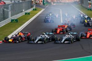 F1: Magyarországon a cirkusz!