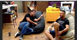 Kiderült, Kabát Péter orgián mulatozott csapattársaival