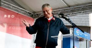 Gyurcsány leigazolta a Momentum politikusát