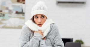 Betegséget jelezhet, ha a fűtött szobában, jól beöltözve is fázol