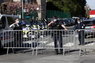 a gyengén látók a rendőrségre kerülnek szóda rövidlátás