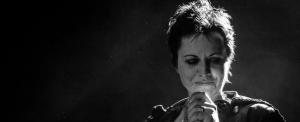 Kedden temetik a The Cranberries énekesnőjét
