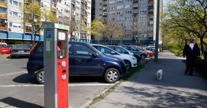 Drágulhat az első autóra járó parkolási engedély kiváltása