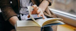 Filmbe illő sztori: ingyen könyv jár olvasásért cserébe