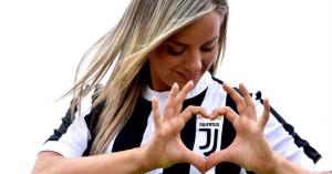 Nemcsak ügyes, csinos is a Juventus fiatal csillaga – KÉPEK