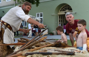 Éjszaka a múzeumban: csontokra bukkantak a látogatók