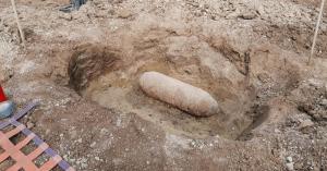 Légibombát találtak Miskolcon, azonnal kiürítik a környéket