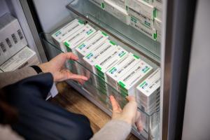 Ezért lehet hatékonyabb a kínai vakcina a koronavírus mutánsai ellen