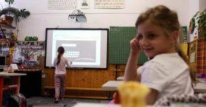 Jogtudatosítás címszó alatt érzékenyítenek az iskolákban