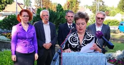 Ellenzéki cicaharc Tatán: a Momentum is beszállt Pusztai-Pintér és Popovics vitájába