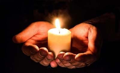 Szívszorító találkozás, elhunyt fiáról mesélt a gyászoló édesanyának a halottlátó