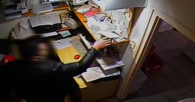 Döbbenetes videó: alkalom szülte a tolvajt az oroszlányi húsbolt irodájában