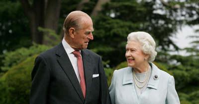 Megrázó, így búcsúzik II. Erzsébet Fülöp hercegtől