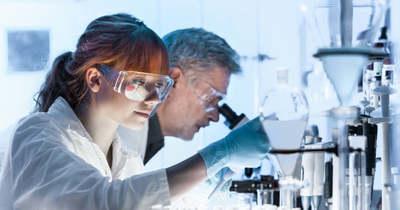 Már csak ez hiányzott: újabb vírusokat találtak egy vuhani laborban, emberre is veszélyesek lehetnek