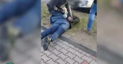 Videón, ahogy lekapcsolták a magyar pedofilt a zsaruk – társkeresőn vadászott a gyerekekre