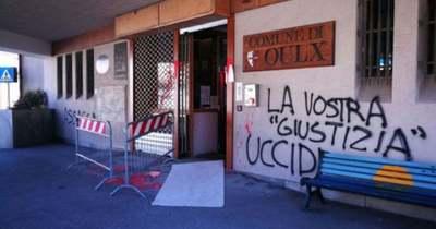 Rettegésben tartják a kisváros lakóit a bevándorlók