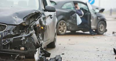 Összeütközött két autó a 47-es úton Csorvásnál