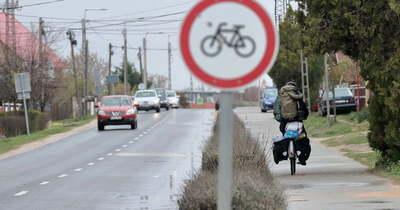 Eltörölhetik a kötelező kerékpárút használatát, a Velencei-tónál élők feszültek