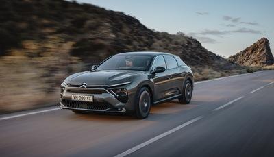 Hatalmas csatahajó, mégsem SUV a Citroën új csúcsmodellje